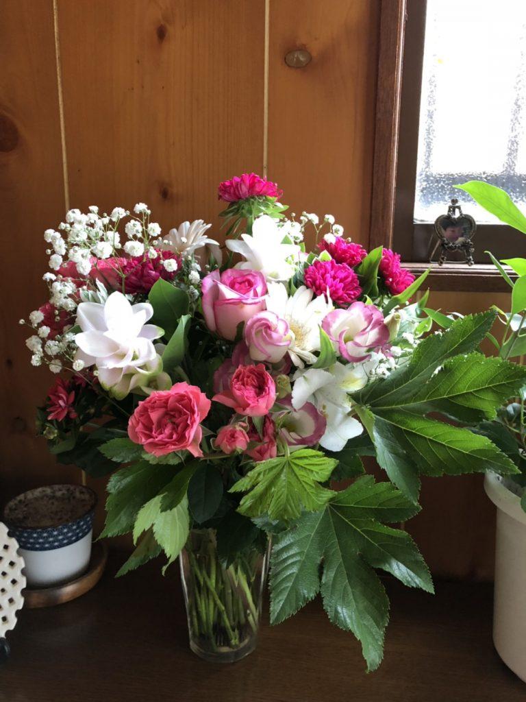 気分転換に切り花を購入しました